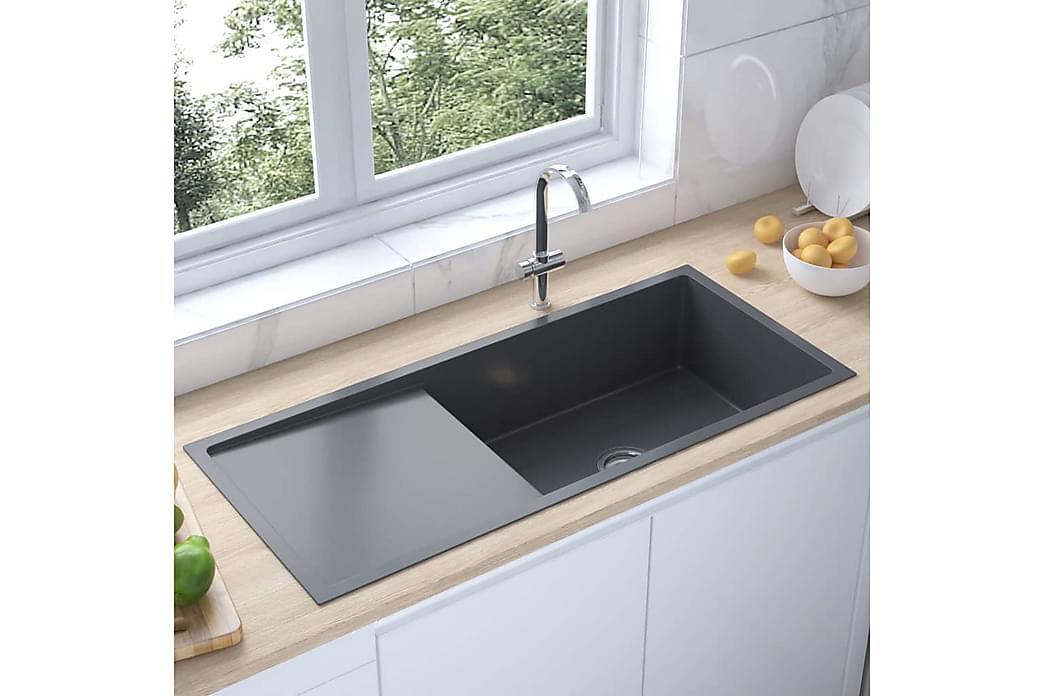 Käsintehty keittiön tiskiallas siivilällä ruostum. teräs - Musta - Kylpyhuone - Pesualtaat - Pesuallas