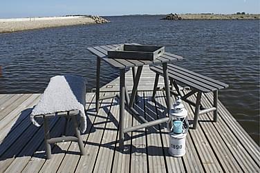 pöytä ja penkit Degersand