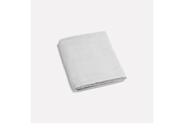 Pyyheliina Enni 100x150 cm Vaaleanharmaa - Lennol - Sisustustuotteet - Kodintekstiilit - Kylpyhuoneen tekstiilit